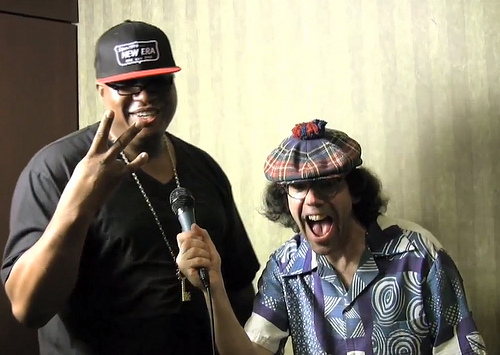 E-40 vs. Nardwaur (Video)