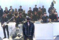 The Roots' Never Gets A Live Choral Flip, With DJ A-Trak On The Cut (Video)