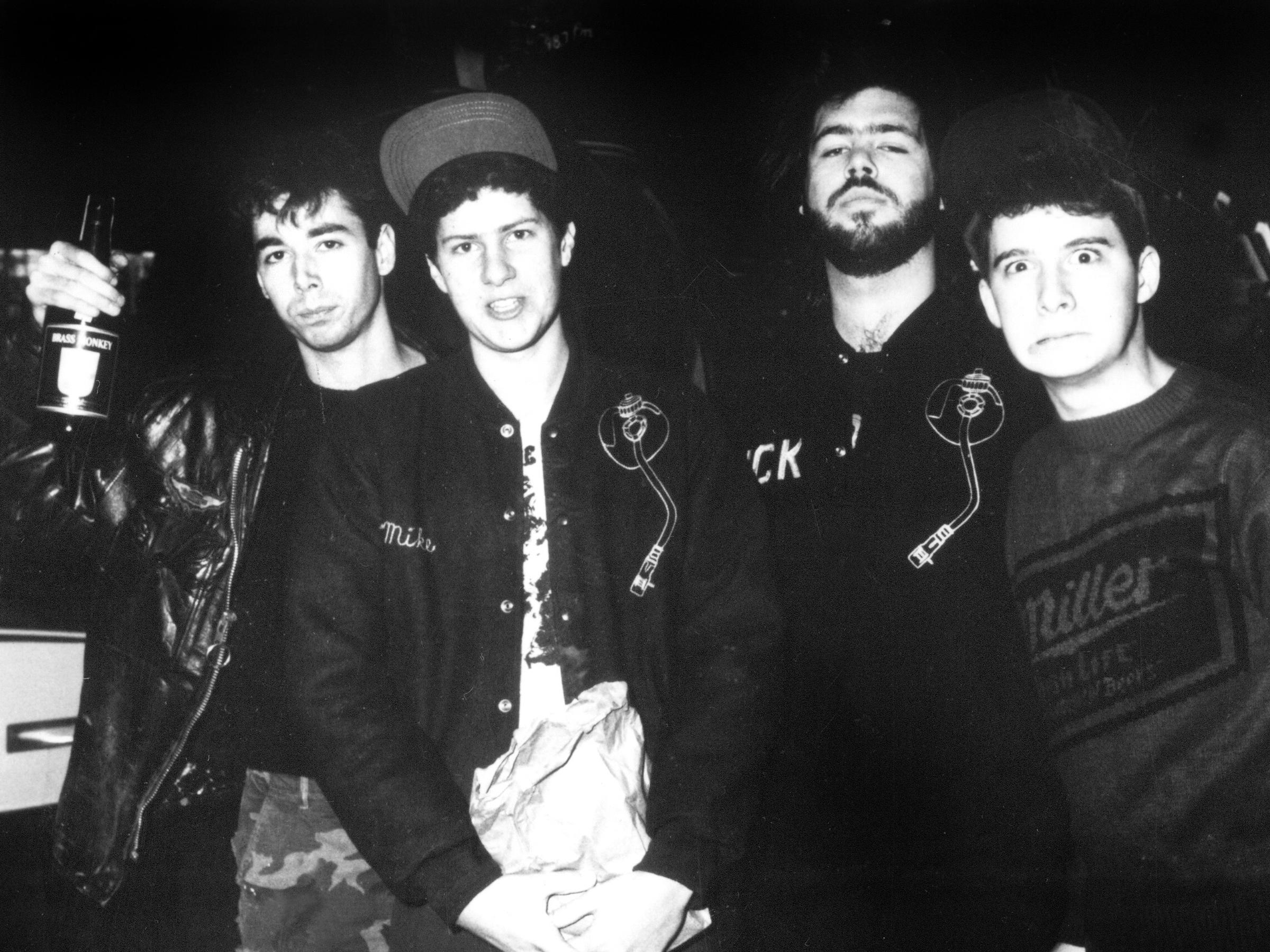 http://cdn.ambrosiaforheads.com/wp-content/uploads/2014/09/beastie-boys-rick-rubin-1985.jpg