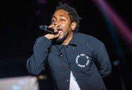 "Kendrick Lamar Strikes Heartfelt Chords Performing A Symbolic ""Alright"" (Video)"