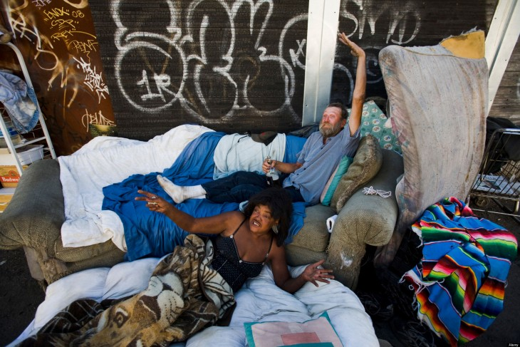 New york times report on homelessness in l a for Homeless shelters los angeles