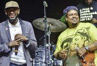 Yasiin Bey & Robert Glasper Perform De La Soul's Stakes Is High (Video)