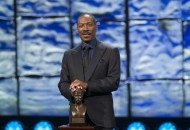 Eddie Murphy Received the Nation's Highest Prize for Comedy & Proves Why He Deserves It (Video)