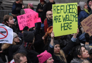Donald Trump's Muslim Ban Happened Without GOP Leaders Even Knowing About It